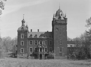 Black and white image of dilapidated German castle (Schloss Harff)